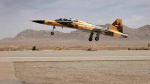 Il primo caccia prodotto dall'Iran (Ansa)