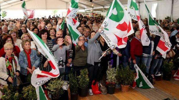 Il folto pubblico alla Festa dell'Unità ormai è solo un lontano ricordo