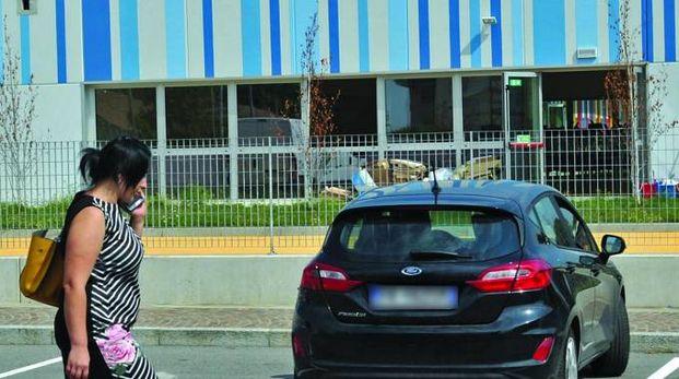 AL TRAGUARDO L'esterno delle elementari di viale Italia  pronta a ospitare tra venti giorni le lezioni dei bambini di Melzo