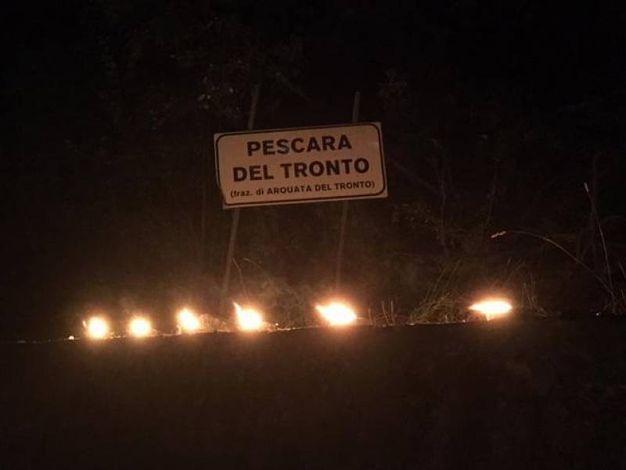 L'ingresso del paese di Pescara del Tronto (Foto Ansa)