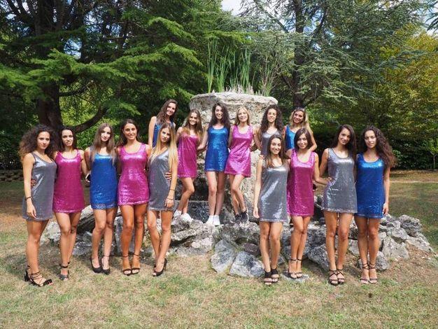 Una foto di gruppo delle partecipanti (Foto Conforti)