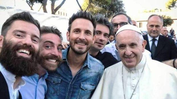 La band The Sun con Papa Francesco