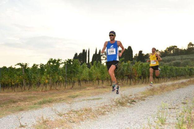 La corsa dei 100 a Porcari (foto Regalami un sorriso onlus)