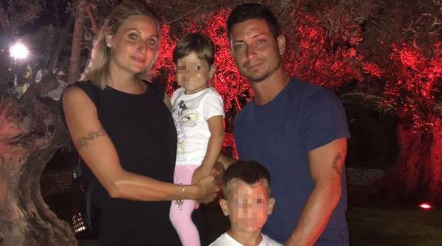 Famiglia al completo: Michelle e Gabriel e i genitori Valentina e Federico