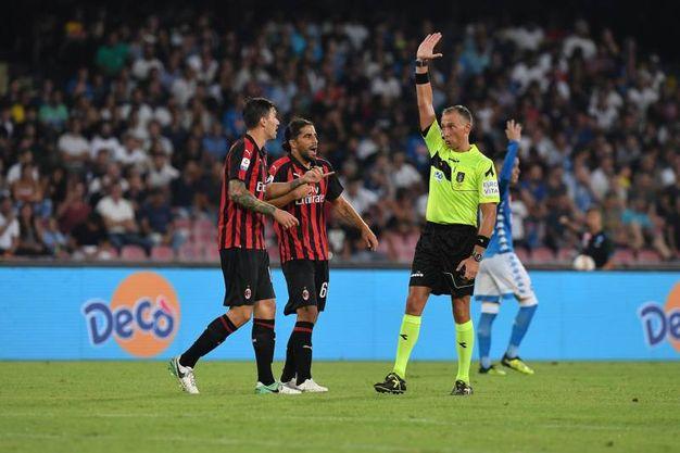 Milan beffato a Napoli sul 3 a 2 dopo essere andato in vantaggio sul 2 a 0