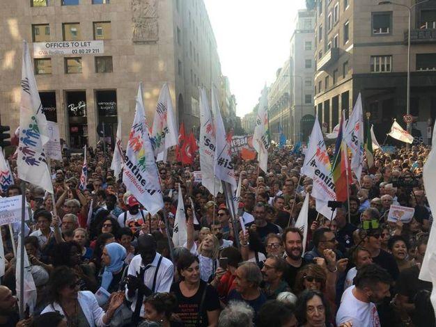 La protesta in San Babila (Omnimil)