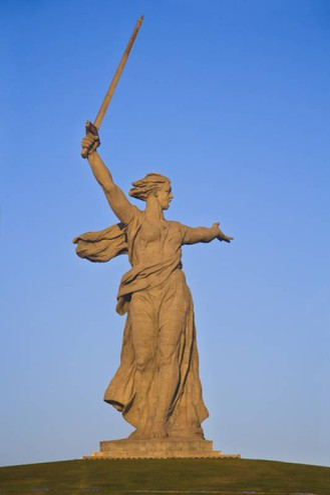 La più alta d'Europa: la Statua della Madre Russia, 85 metri - Foto: vbel71/iStock