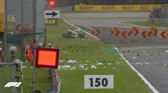 F1, Monza: lo spaventoso incidente di Ericsson (foto twitter @F1)