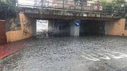 Il sottopasso allagato è stato chiuso al traffico