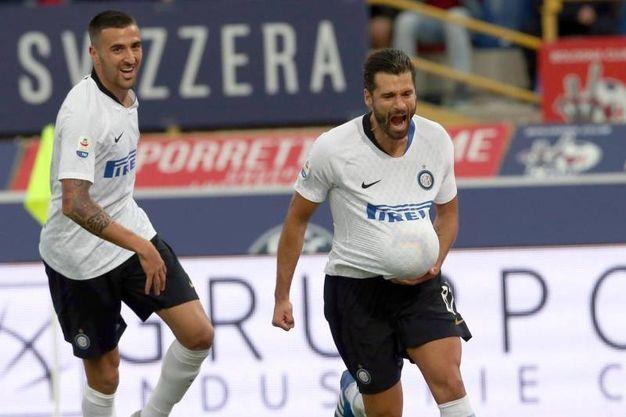 Bologna-Inter,  Candreva esulta dopo il gol dello 0-2 (foto Ansa)