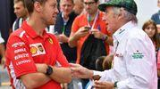 Sebastian Vettel con l'ex pilota inglese Jackie Stewart