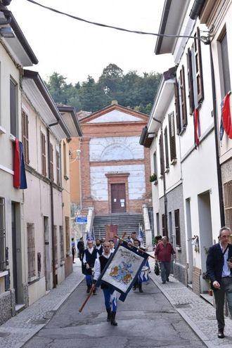 Il corteo per le vie del centro cittadino (foto Frasca)