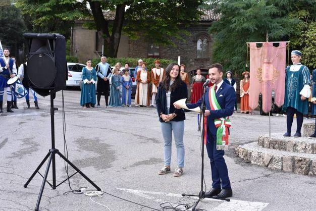 Il sindaco Fratto e Miranda Poppi (foto Frasca)