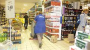 Il supermercato nella zona sud di Porto San Giorgio invaso dall'acqua (foto Pettinari)