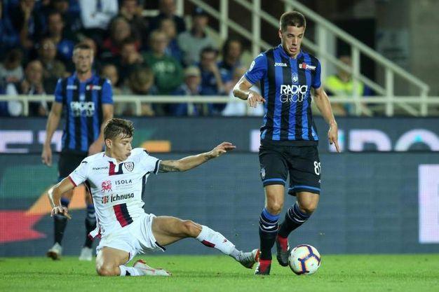 Atalanta-Cagliari, Barella segna il gol dello 0-1 (foto Ansa)