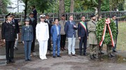 Per le Associazioni combattentistiche e d'arma ha parlato il generale Luigi Caldarola, per l'Anpi Matilde Della Fornace (FotoPrint)