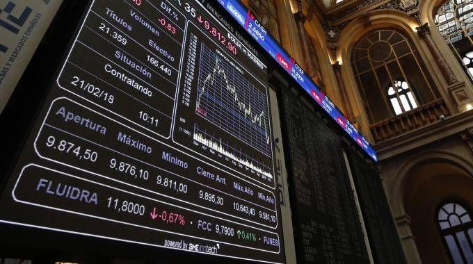 Borsa, mercati europei. Nella foto d'archivio: Madrid (Ansa)