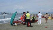 Capitaneria e soccorsi sul luogo della tragedia (Foto Umicini)