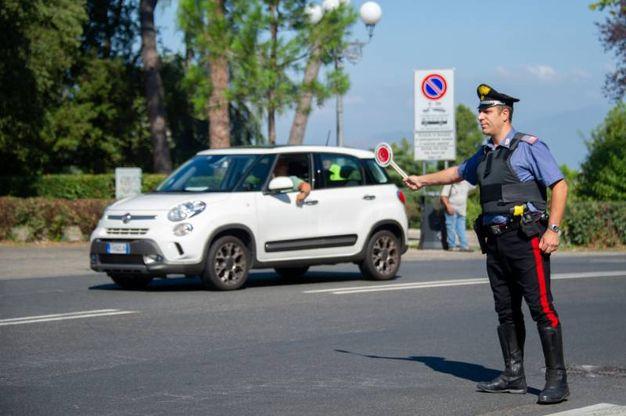 I carabinieri di Firenze con, in fondina il taser