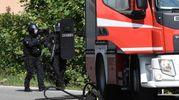 Reparti speciali dei carabinieri sul posto (Lapresse)