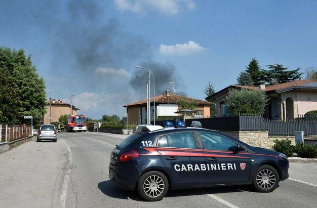 Carabinieri sul posto (Lapresse)