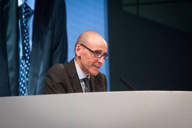 La relazione di apertura di Alberto Vacchi, Presidente di Confindustria Emilia  Area Centro (Foto Schicchi)
