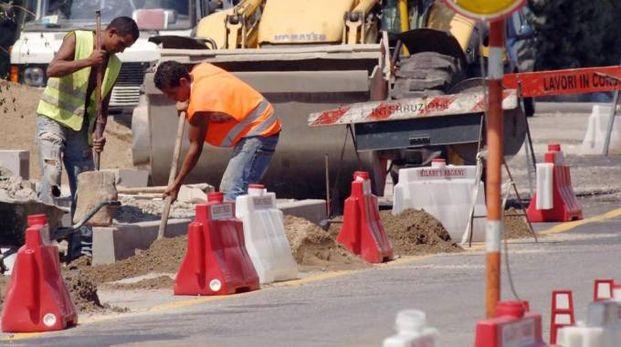 Durerà due mesi il cantiere per la demolizione di parte dell'ex Beccherucci