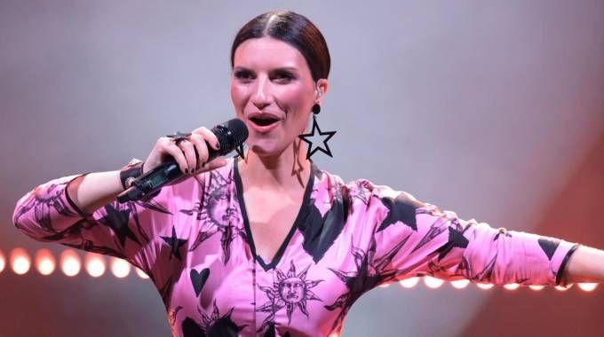Laura Pausini parte con un nuovo tour: molte le date in Italia