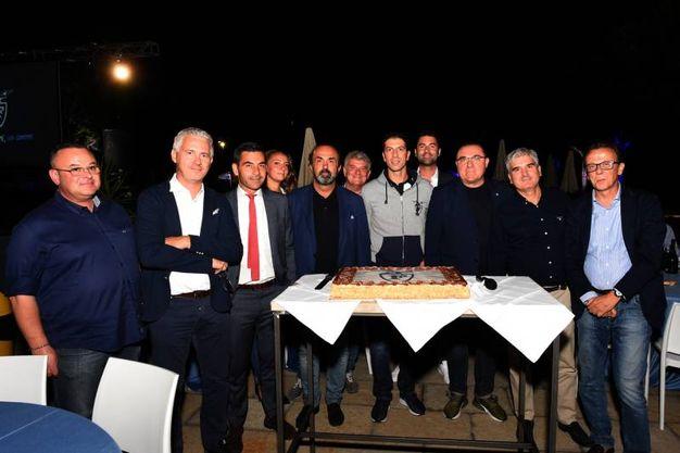 Maxi torta per la Effe (FotoSchicchi)