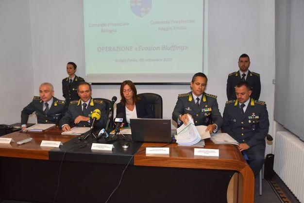 La conferenza stampa della Guardia di Finanza a Reggio Emilia (foto Artioli)