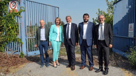 Raffaele Cattaneo è stato accompagnato dai sindaci Ivonne Cosciotti e Danilo Bruschi, insieme agli assessori Saimon Gaiotto e Giuseppe Bottasini
