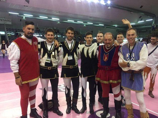 Un gruppo di atleti in gara (foto Angelica Panzieri)