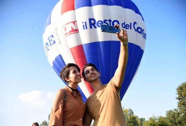 La mongolfiera di Qn - il Resto del Carlino, la Nazione e il Giorno (foto Businesspress)
