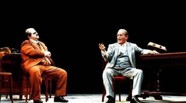 Eros Pagni (a destra) in una fotografia di repertorio di Alessandro Gautiero