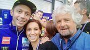 Beppe Grillo con la figlia Luna e Valentino Rossi (dalla pagina Facebook di Luna Grillo)