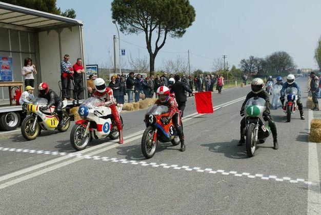 Una sfida con le vecchie moto