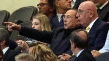 Berlusconi e Galliani in tribuna (foto repertorio)
