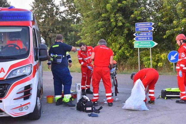 Tra i feriti, il più grave è una 30enne (Foto Artioli)