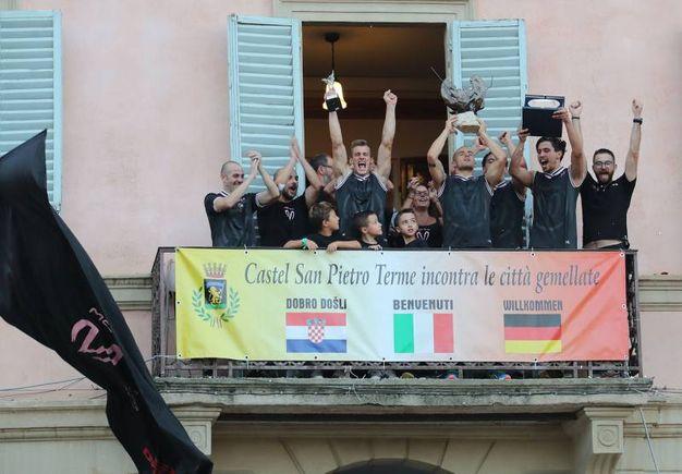 La Mora vince la Carrera 2018 di Castel San Pietro (Foto Isolapress)