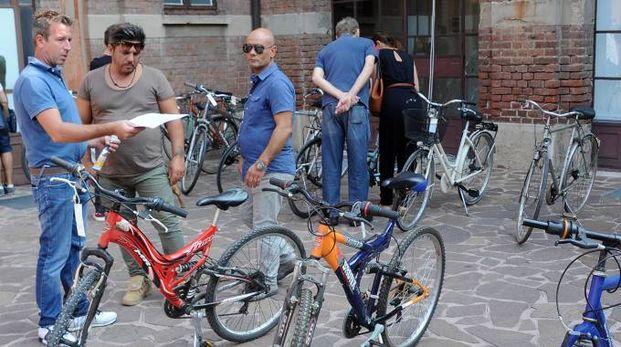 Le bici in mostra alla Sala Ratti