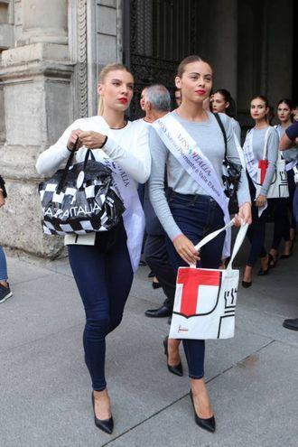 Le finaliste di Miss Italia a Milano (Newpress)