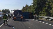Tutti in fila dopo l'incidente in A13 che ha portato alla chiusura dell'autostrada tra Ferrara Nord e Ferrara Sud