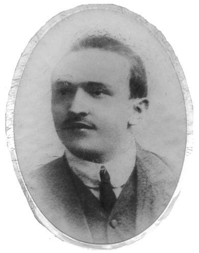 Magnavacca Andrea Florindo Francesco (12/05/1890 - 05/11/1915) Iscritto alla facoltà di Farmacia, a.a. 1914-15 I anno