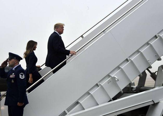 Melania Trump e Donald Trump a Shanksville in Pennsylvania per la commemorazione dell'11 settembre (LaPresse)