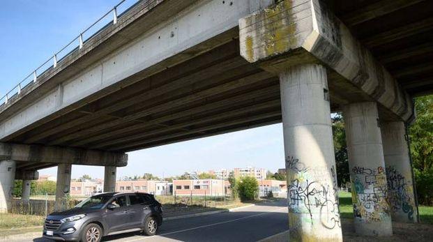Uno scorcio del viadotto di via Ferraresi, che da giovedì sarà chiuso al transito per una settimana