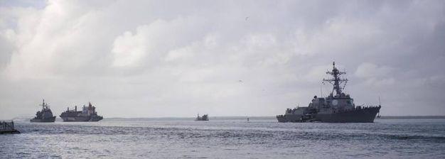 Navi da guerra costrette a salpare da Norfolk per l'arrivo di Florence (Ansa)
