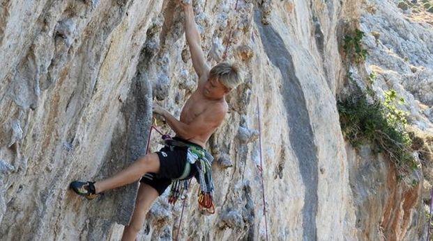 Igor Maj mentre scala le sue amate montagne