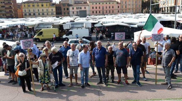 Protesta degli ambulanti a Bologna (FotoSchicchi)