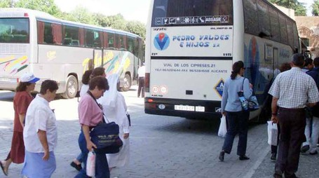 Pullman di turisti bloccati sino al 31 marzo