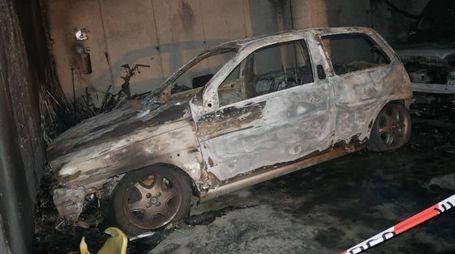 ll veicolo Fiat che è stato avvolto dalla fiamme